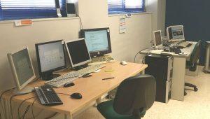Sala de trabajo Centro de Software y Tecnología Libre La Palmilla